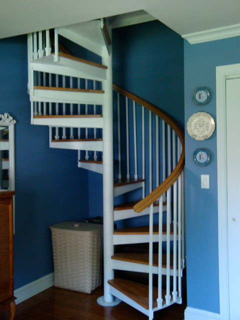 Ordinaire Spiral Staircase Installation   Traditional   Staircase ...