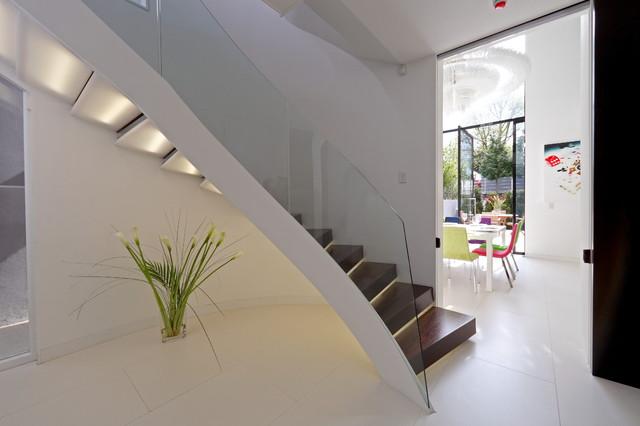 sporadicSPACE modern-staircase
