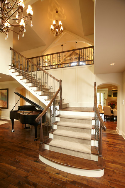 Spur Road - Edina, MN traditional staircase
