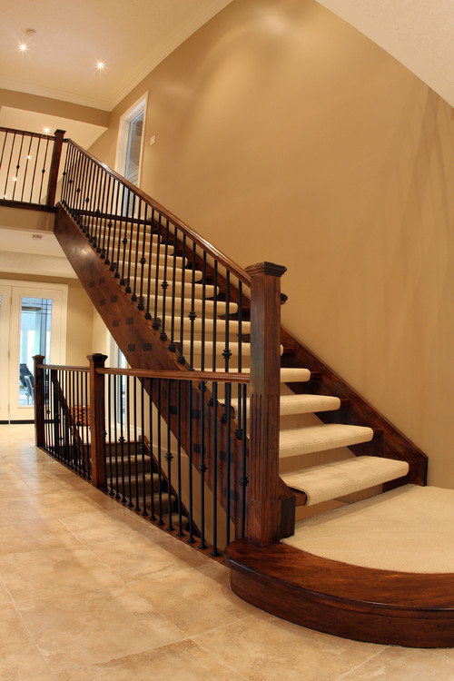Basement Stair Landing Decorating: Can I Blend Wood, Carpet And Tile?