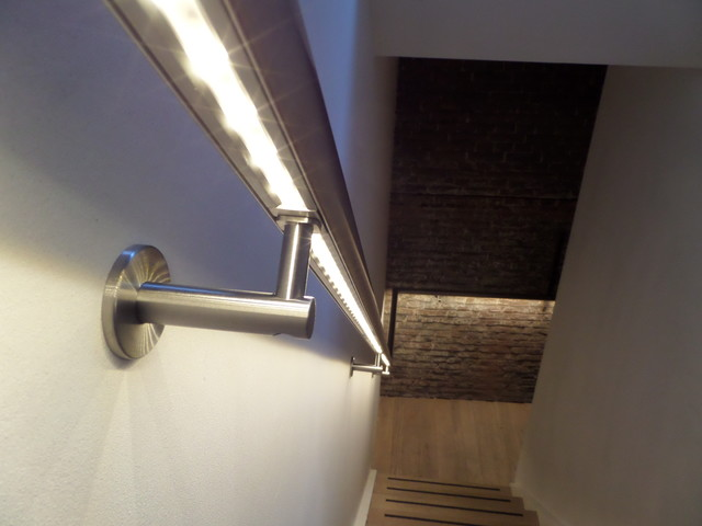 Stainless Steel Handrail Detail ILLUNOX With LED Transitional Staircase