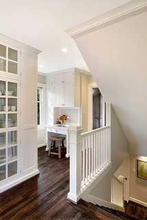 Stair / Nook Space traditional staircase
