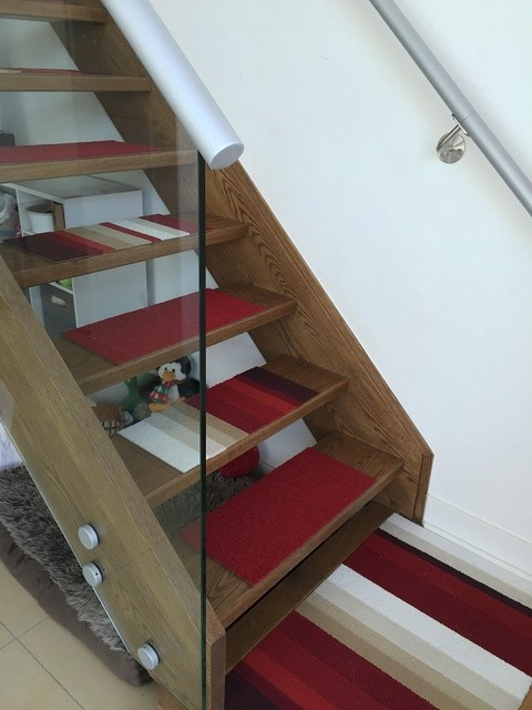 Inspiration For A Medium Sized Modern Carpeted Straight Staircase In Toronto With Open Risers