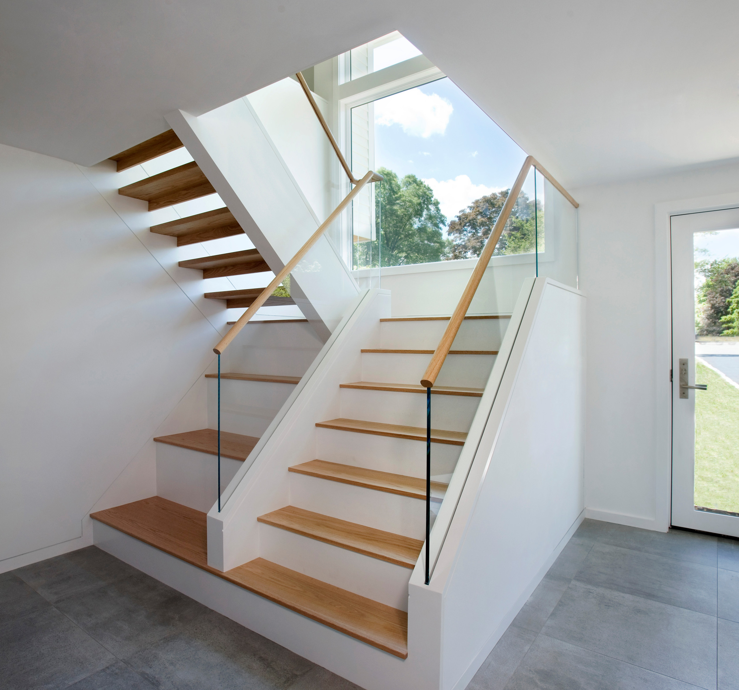Stair with bench and storage