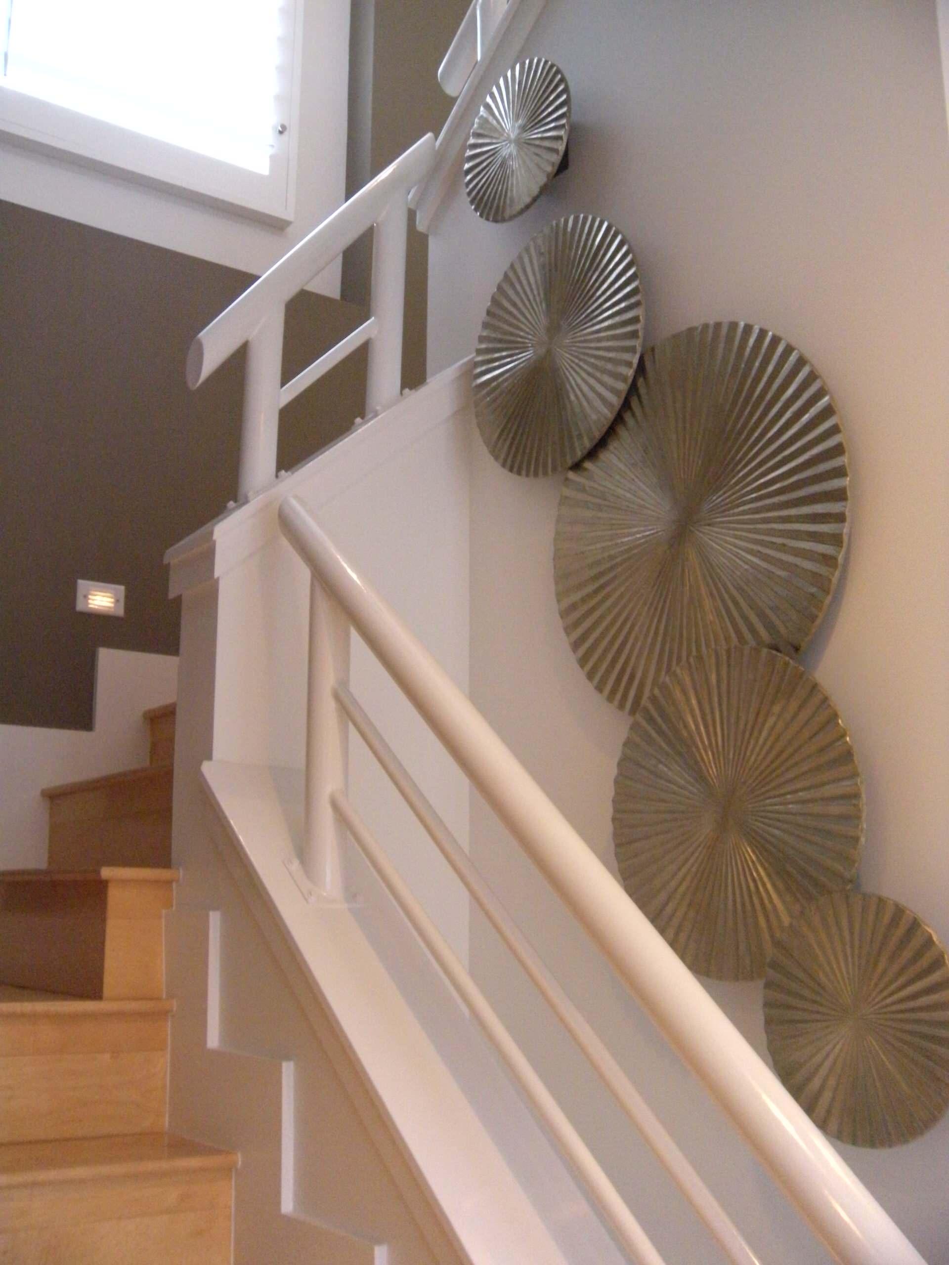 Staircase & Wall Decor