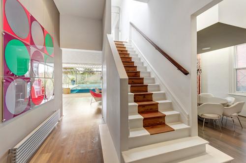 escalier peint façon tapis