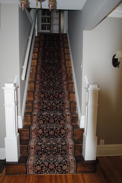 Staircase traditional-staircase