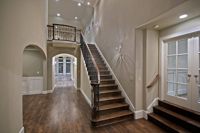 Image Result For Stairway Wall Decorating Ideas