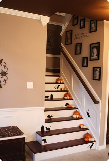 Ideas For Wall Decor On Stairs : Staircase traditional indianapolis by