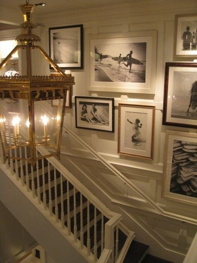 Staircase wall decorating ideas traditional staircase - Stairway photo gallery ideas ...