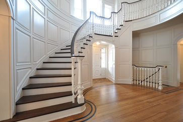 ](http://www.houzz.com/photos/660914/Staircases Traditional Staircase  Newark)