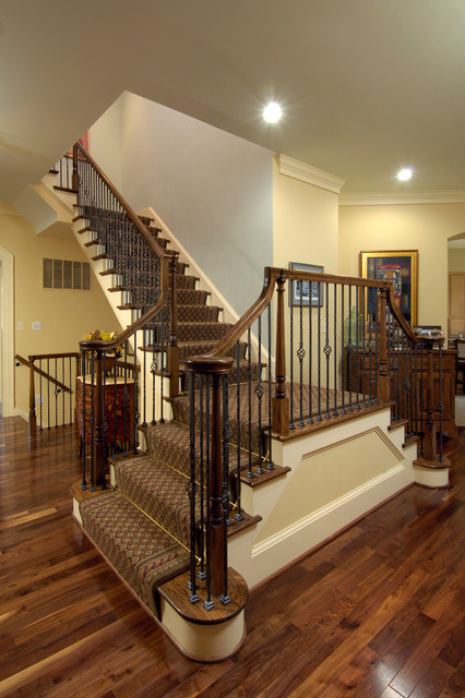 Incroyable Staircases By Meridian Homes Inc. Traditional Staircase