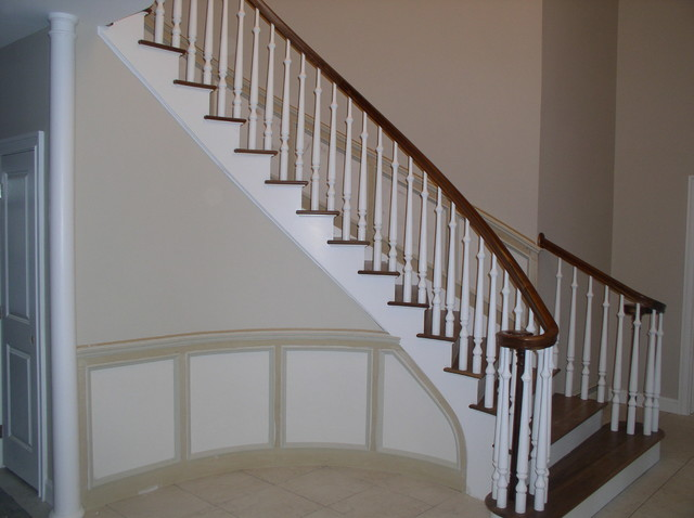 Staircases traditional-staircase