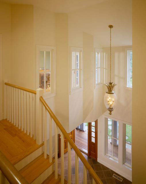 Stairways traditional-staircase