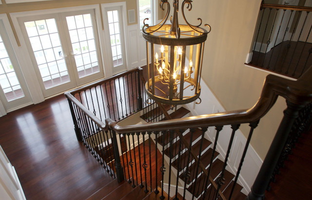Starcase traditional-staircase