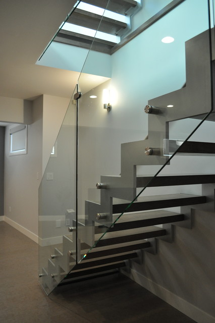 Steel Zig Zag Stringers Open Rise With Glass Modern Staircase Edmonton By Architech Stairs Railings Houzz Uk
