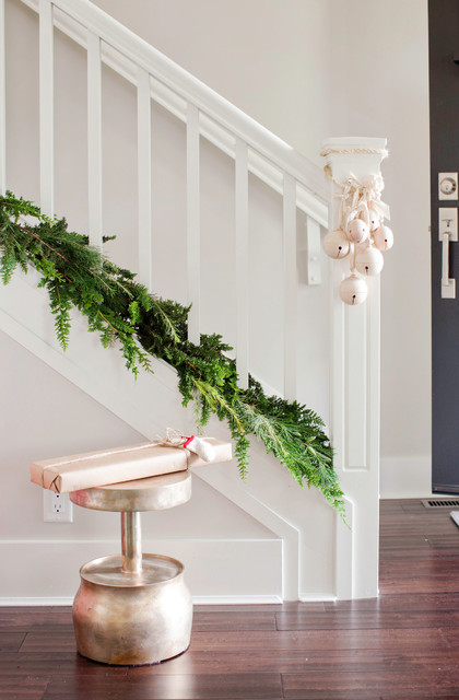 8 Christmas Staircase Decorating Ideas Houzz Ie