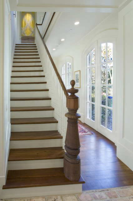 Stone 11 traditional-staircase
