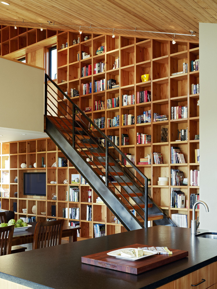 Example of a trendy open staircase design in San Francisco