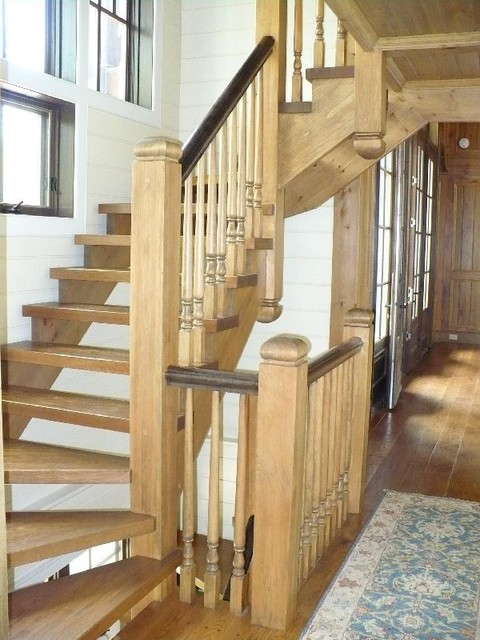 Straight Stair With Wood Pickets staircase
