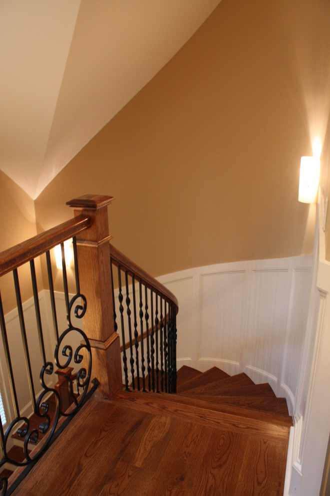 Example of a classic staircase design in Atlanta