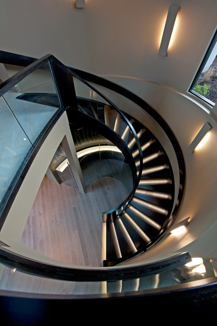 Moderne Treppe in Vancouver