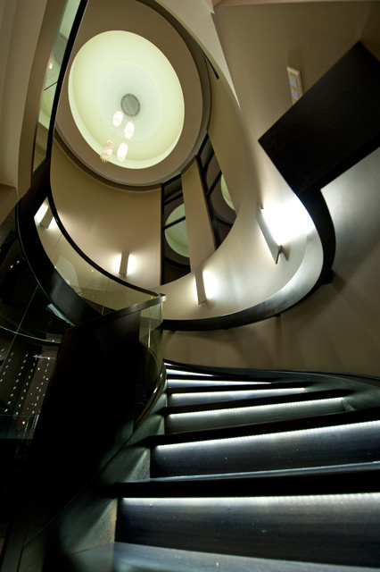 Design ideas for a modern staircase in Vancouver.