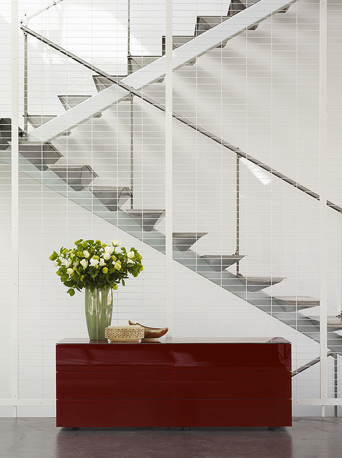 Tehama Grasshopper contemporary staircase