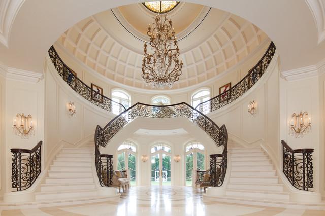 The Interior Of The Rotunda Greets You As You Enter Le