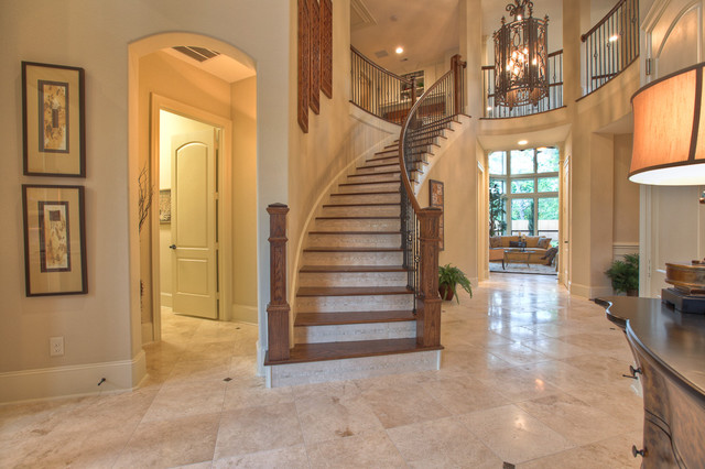 Elegant, classic and expansive design traditional staircase