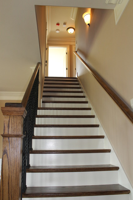 Traditional Styling with Flair traditional-staircase