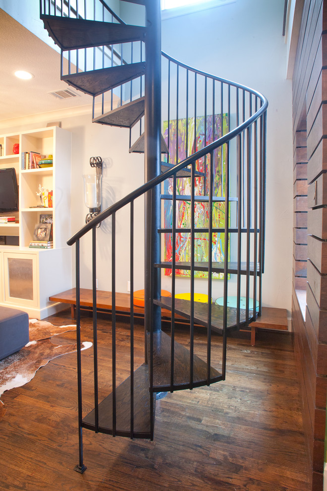 Inspiration for a modern staircase remodel in Dallas