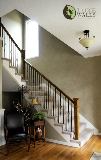 Venetian plaster foyer traditional staircase for Luxe decor llp