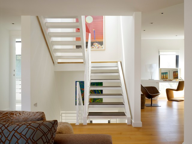 Venice Loft Modern Staircase Los Angeles by Gary  : modern staircase from www.houzz.com size 640 x 480 jpeg 55kB