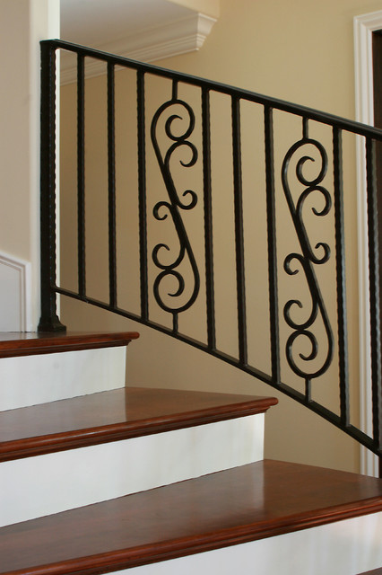 Ventura Canyon Traditional Staircase Los Angeles
