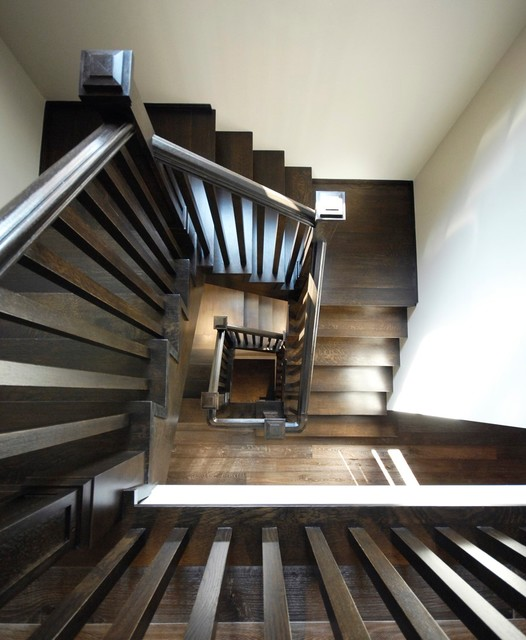 Victoria Transitional Staircase Toronto By Deluxe