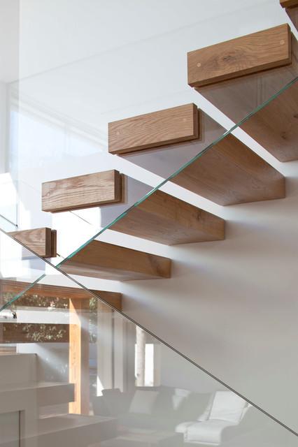 Villa AMT modern-staircase