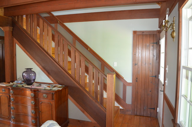 Vineyard Living traditional-staircase