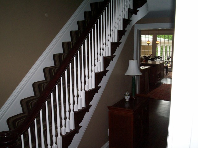 vista total renovation traditional-staircase