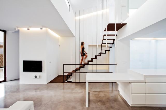 Vivienda purisima contempor neo escalera otras zonas de esther broseta - Escaleras para viviendas ...