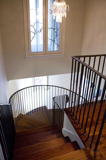 Wainio Residence traditional-staircase