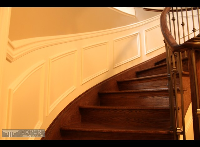Wainscoting project traditional-staircase