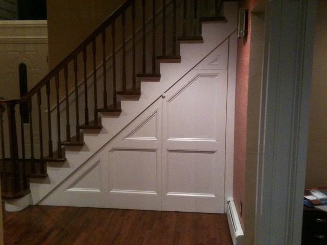 Wainscoting Stairs Traditional Staircase