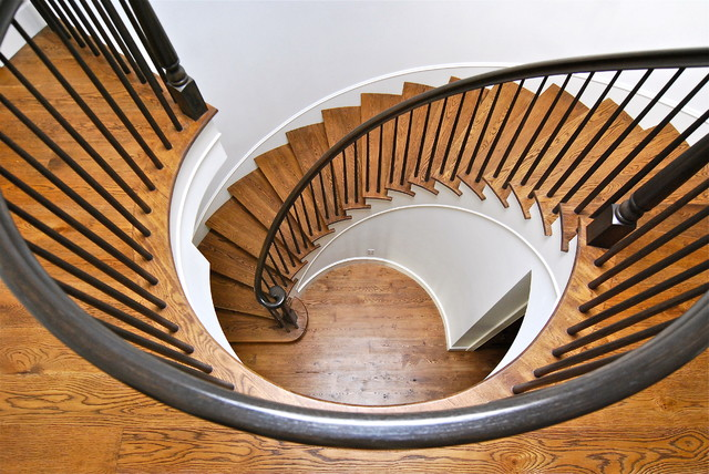 Wendy Resin Interiors beach-style-staircase