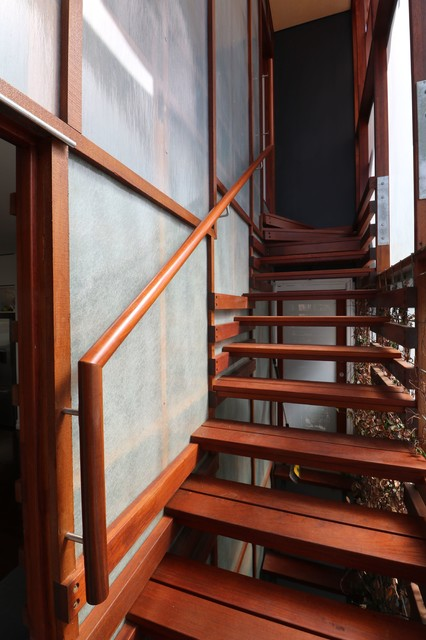 Photo of a contemporary staircase in Brisbane.