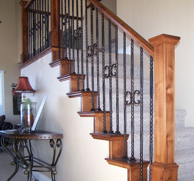 Example Of A Mid Sized Classic Carpeted Straight Staircase Design In Salt  Lake City