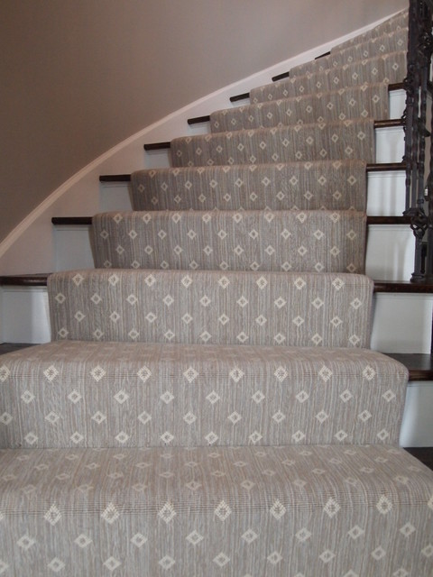Wool Wilton On Curved Stairs Traditional staircase