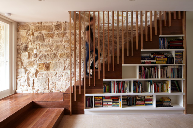 Staircase - mid-sized contemporary staircase idea in Sydney