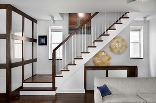 Wrigleyville residence midcentury staircase chicago - Escaleras tres tramos ...