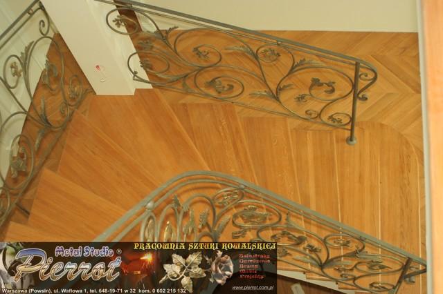 Wrought iron railing - balustrada kuta - 9 traditional-staircase